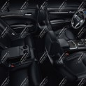 Автомобиль Chrysler 300C 2013